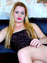Tranny tops her man deep and hard
