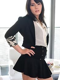 Erena Yuuki`s dazzling debut