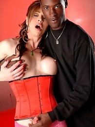 Super hot tranny Jasmine Jewels banged by huge black cock